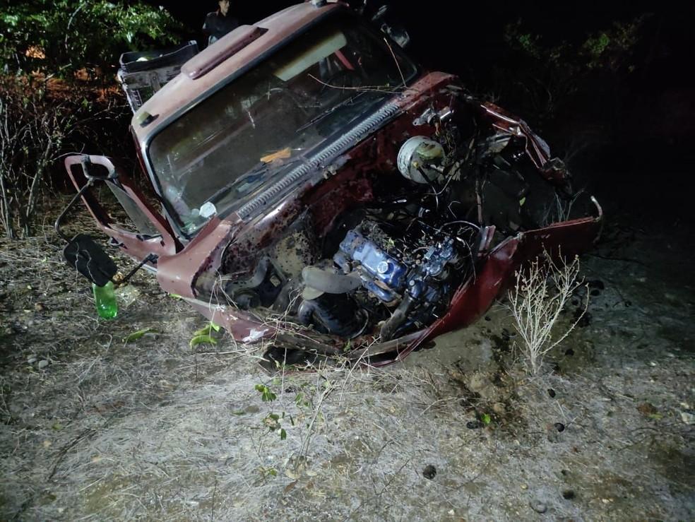 Professora morre após acidente de carro na BR-226, em Tangará
