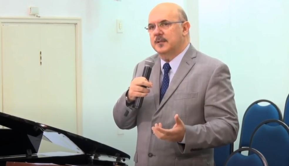 Quem é o pastor Milton Ribeiro anunciado por Bolsonaro como novo ministro da Educação?