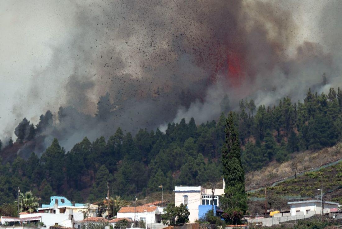 VÍDEO: Entra em erupção Vulcão das Ilhas Canárias capaz de provocar tsunami e atingir Nordeste Brasileiro